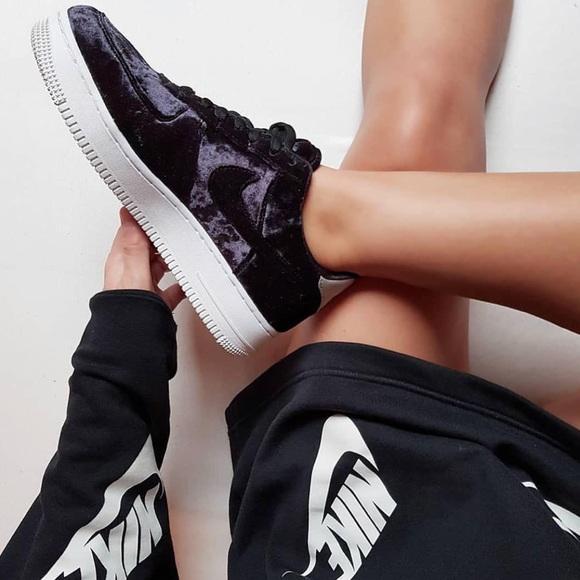 brand new d497b 39b66 NWT Nike AIr Force 1 black velvet premium!